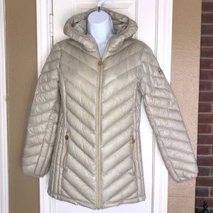 MICHAEL Michael Kors  Hooded Packable Down Puffer